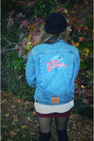 sky blue thrifted vintage jacket - black knitted Urban Outfitters hat