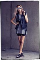 black H&M sandals - white Ray Ban sunglasses - black lindex vest