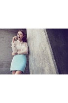 eggshell Stine Goya shirt - light blue soft jersey vintage skirt