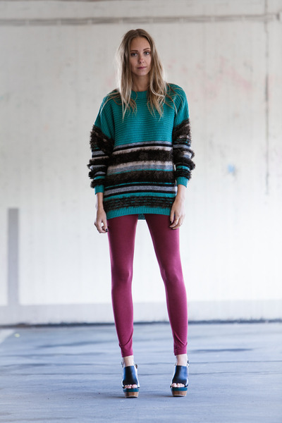 teal wool dagmar sweater - ruby red cotton H&M leggings