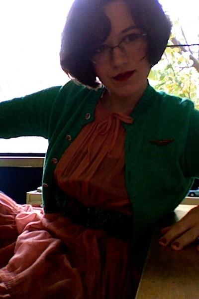 vintage dress - cotton knit vintage sweater - elastic beaded vintage belt