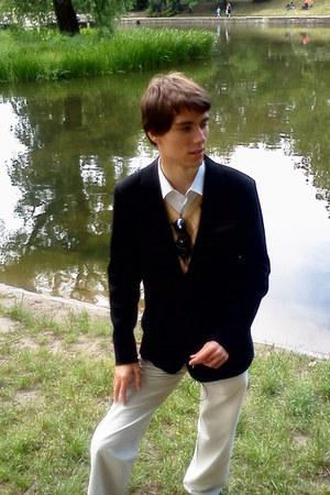 beige shoes - white shirt - cream pants - dark blue suit