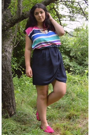 navy tulip skirt thrifted skirt - hot pink TJ Maxx shirt