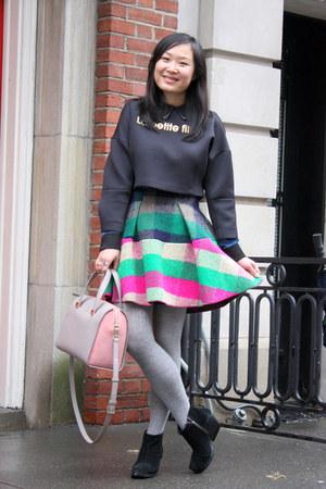 bubble gum wool Dizzit skirt - black ankle boots Cheap Monday boots