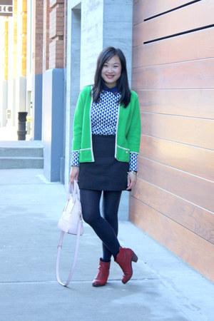light pink kate spade bag - red sam edelman boots - green vintage sweater