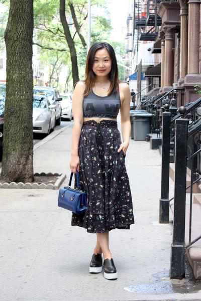 navy floral skirt vintage skirt - blue vintage bag