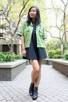 chartreuse cargo vintage jacket - black lace up boots vintage boots