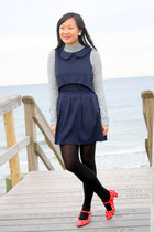 red polka dot vintage heels - navy asos dress - light blue turtleneck LDS top