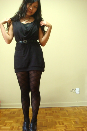 black Urban Outfitters sweater - black Ebay shoes - black Forever 21 stockings