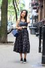 Blue-vintage-bag-black-platforms-other-stories-loafers