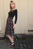 dark brown sandals - black sweater - dark brown midi Forever 21 skirt