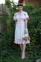 tan vintage purse - white vintage dress - pink TUK heels