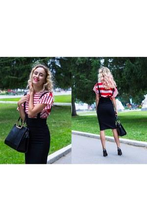 black skirt - black heels