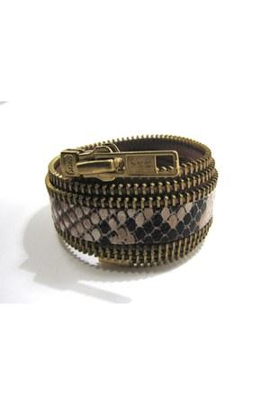 zipper cuff maslidna bracelet