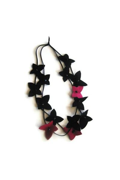 maslinda necklace