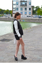 black madame a paris shoes - black Zara shorts - navy Amy & Ivy vest