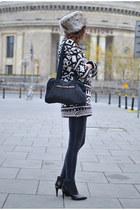 dark gray Zara sweater - black American Apparel pants