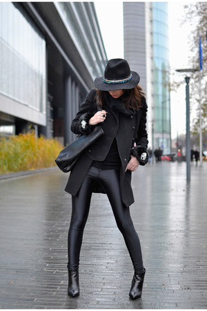 black The Kooples coat - black Amenapih hat - black American Apparel pants