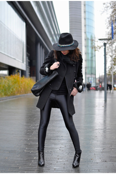 black The Kooples coat - black Amenapih hat - black American Apparel pants