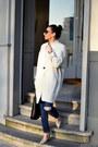 Heather-gray-mango-coat-blue-zara-jeans-black-mango-bag