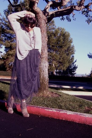 thrifted sweater - Forever 21 skirt - Zara boots - vintage scarf - Forever 21 ne