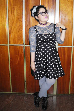 black polka dots modcloth dress - heather gray tights