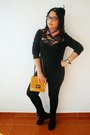Black-zara-leggings-mustard-zara-bag