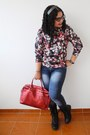 Black-boots-navy-jeans-brick-red-true-addiction-sweater-red-balu-bag