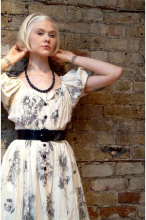 blue floral vintage dress