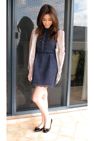 sretsis dress - sretsis jacket - ferragamo shoes