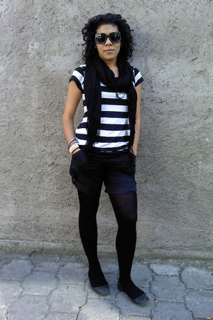 Oysho blouse - Shasa shorts - pull&bear tights - pull&bear shoes - Chanel glasse