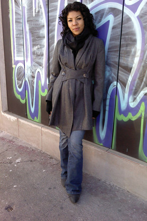 andre badi coat - Sexy Jeans jeans - pull&bear boots - Vintage costume scarf - T