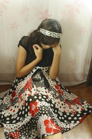 black dress - red dress