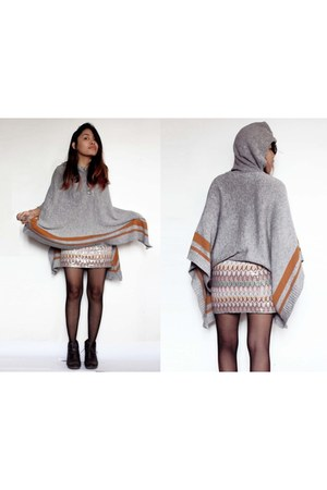 heather gray poncho Florever21 sweater - light pink sequined Express skirt