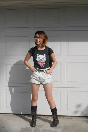 black bag - white high waisted shorts - gray diy cat shorts