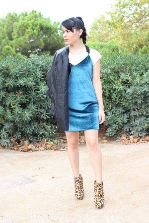 turquoise blue pull&bear dress