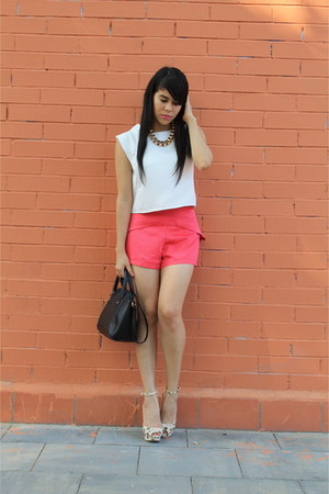 Zara shoes - Primark bag - suiteblanco shorts - Stradivarius necklace