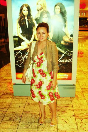 floral dress - H&M jacket - Kenneth Cole shoes - Beige bag purse