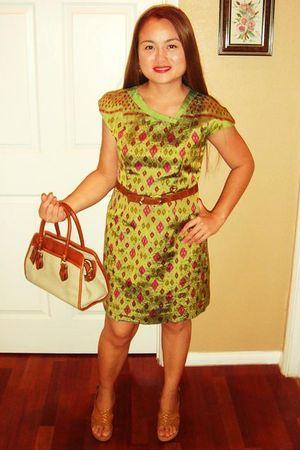 Gifted dress from thailand dress - brown Nine West shoes - vintage belt - Liz Cl