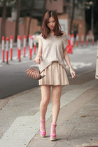 bubble gum RED valentino wedges - brown from Macau bag - beige Zara skirt