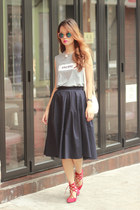 navy Stylenanda skirt - ivory romwe bag - red Aquazzura flats