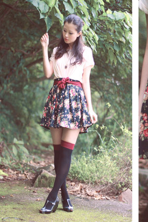 black lily of the valley skirt - pink vera wang blouse - black Melissa shoes