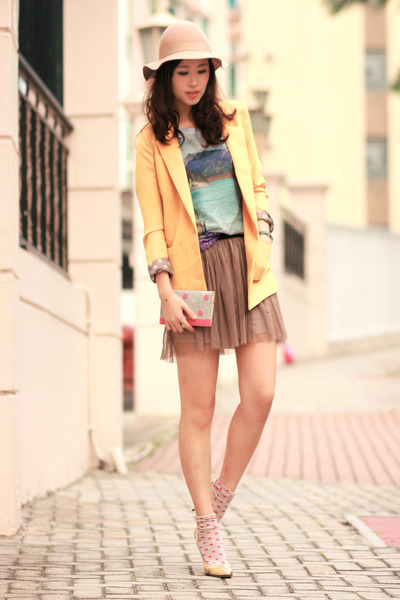 yellow Yesstyle blazer - light blue Zara t-shirt