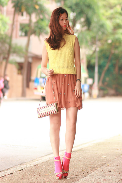 light orange Chicwish skirt - light yellow Yesstyle top