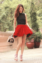 red Chicwish skirt - black Chicwish vest - eggshell Christian Louboutin heels