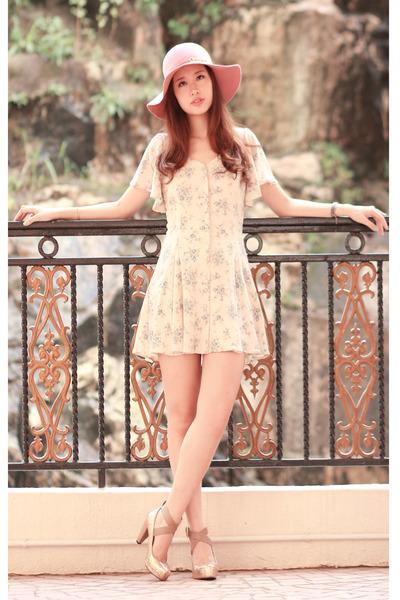 eggshell Deicy dress - bubble gum Deicy hat - gold Deicy heels