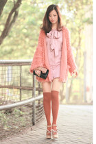pink Global Citizen dress - salmon UniQUEEN cardigan - beige Valentino wedges