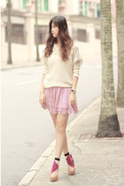 magenta Da-Sein socks - ivory awwdore sweater - light pink ianywear skirt