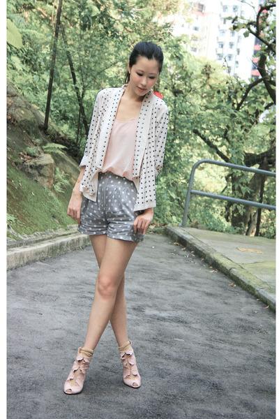 beige H&M blazer - pink Forever 21 vest - pink edwina shoes - gold socks