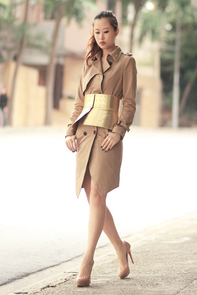 gold Choies belt - camel romwe coat